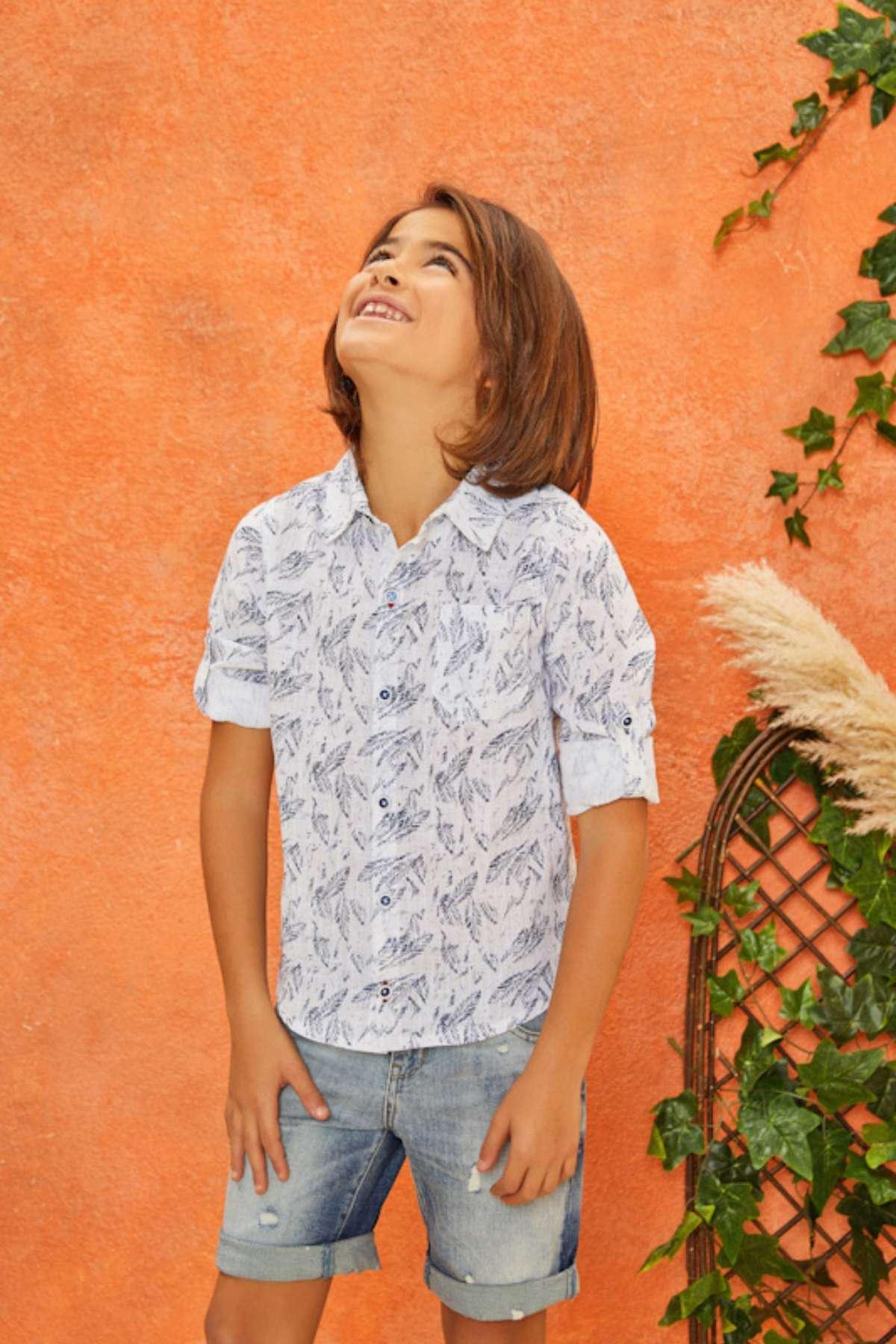 Yaprak Desen Gömlekli Erkek Çocuk Takım