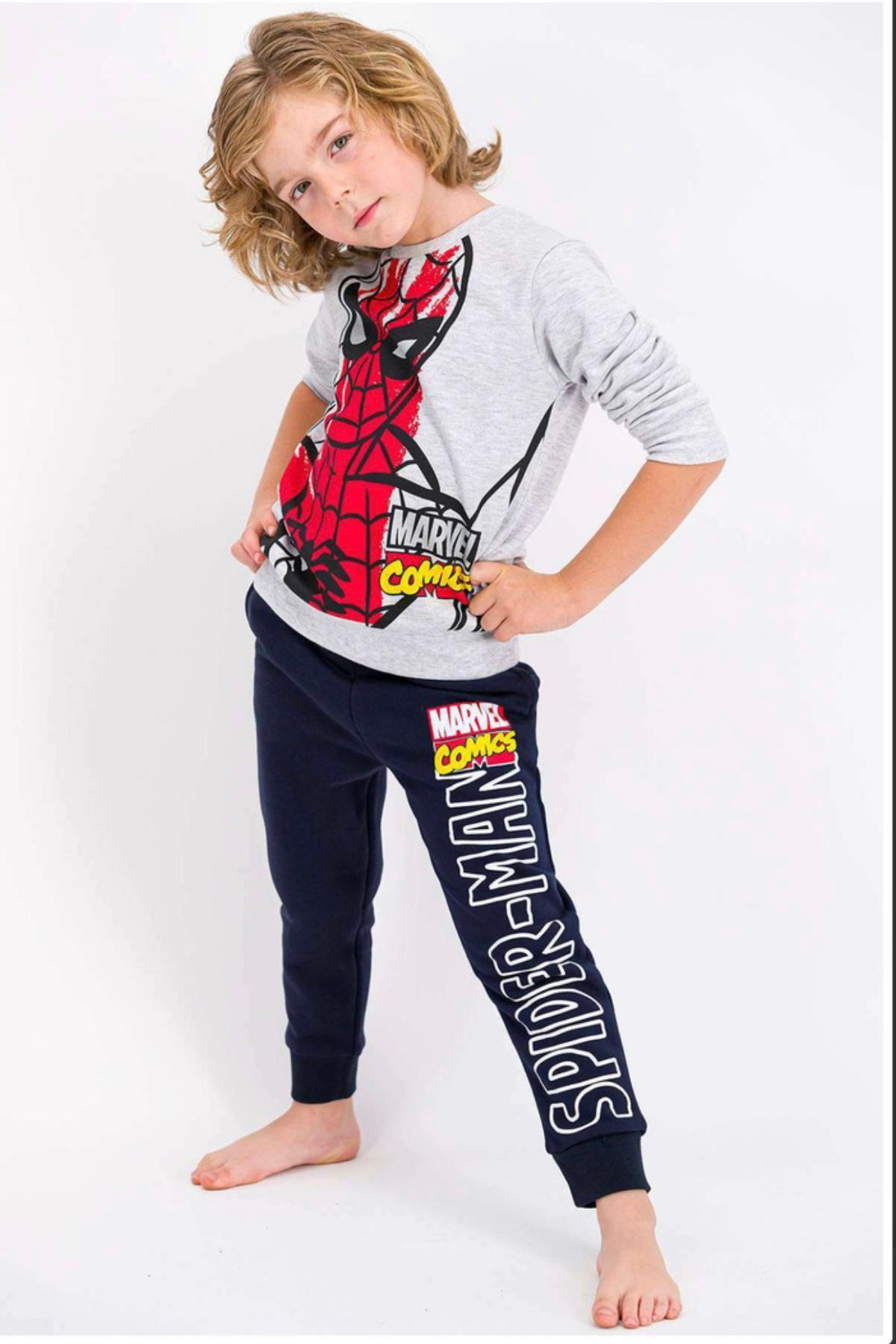 Lisanlı Spiderman Çocuk Takım
