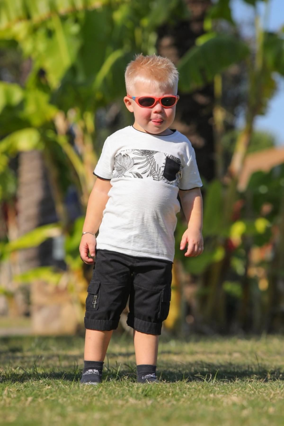 Cep Detaylı Erkek Bebek Bermuda Takım